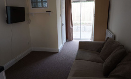 Large Split Level Studio, ALL BILLS INCLUDED