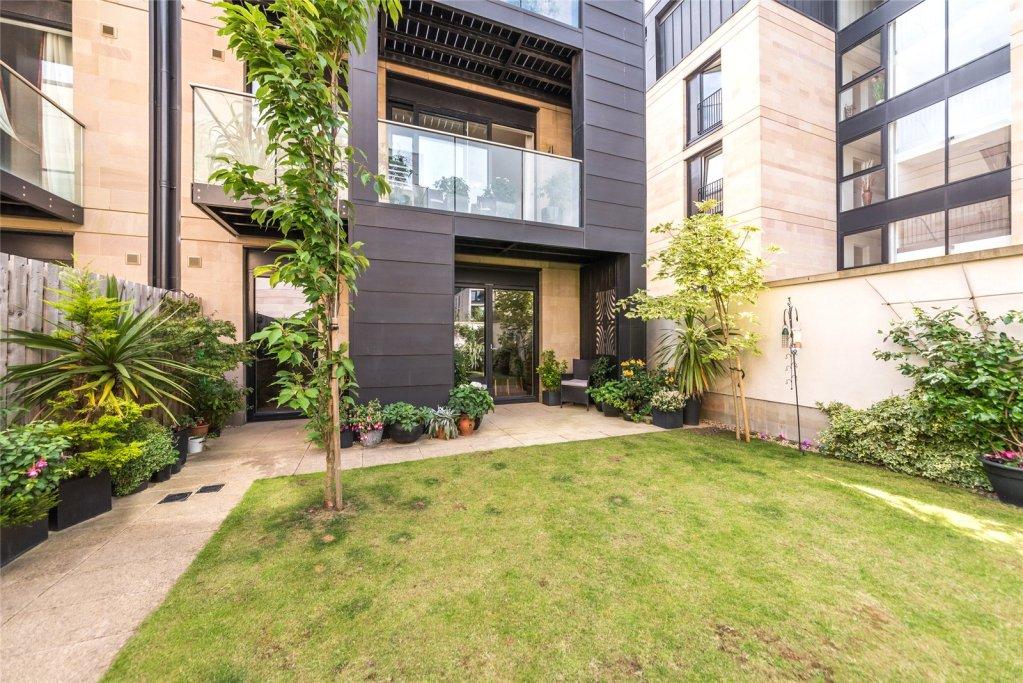 4 bedroom house for sale in Woodcroft Road, Edinburgh ...