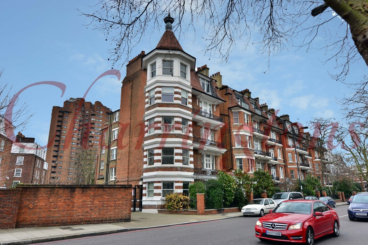 Three Bedroom Flat | For Sale | Ashburnham Mansions | Ashburnham Road | Chelsea | SW10 Image 10