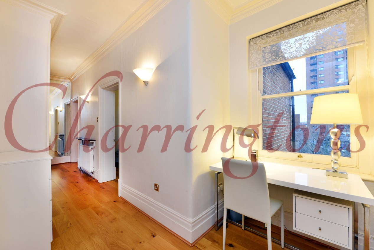 Three Bedroom Flat | For Sale | Ashburnham Mansions | Ashburnham Road | Chelsea | SW10 Image 8