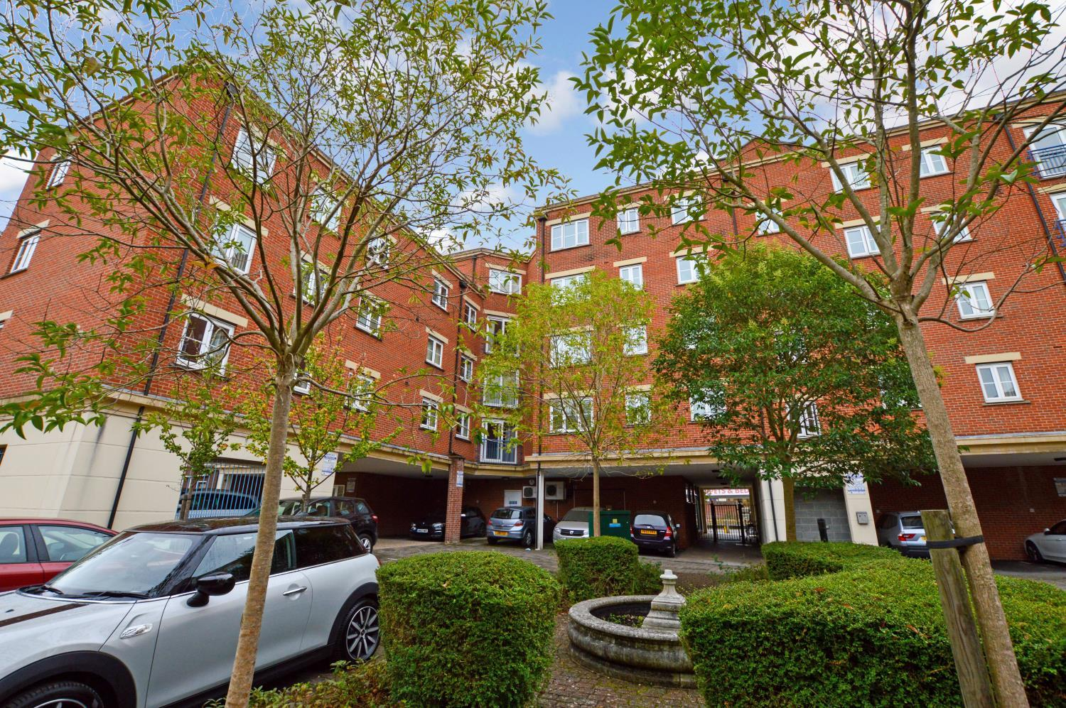 Metro Apartments, 101 Goldsworth Road, Woking, Surrey, GU21 Image 9