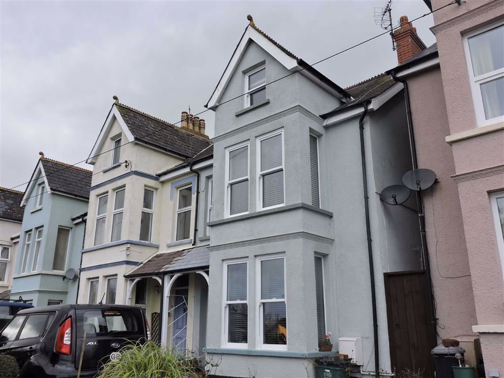 Clement Road, Goodwick Image 1