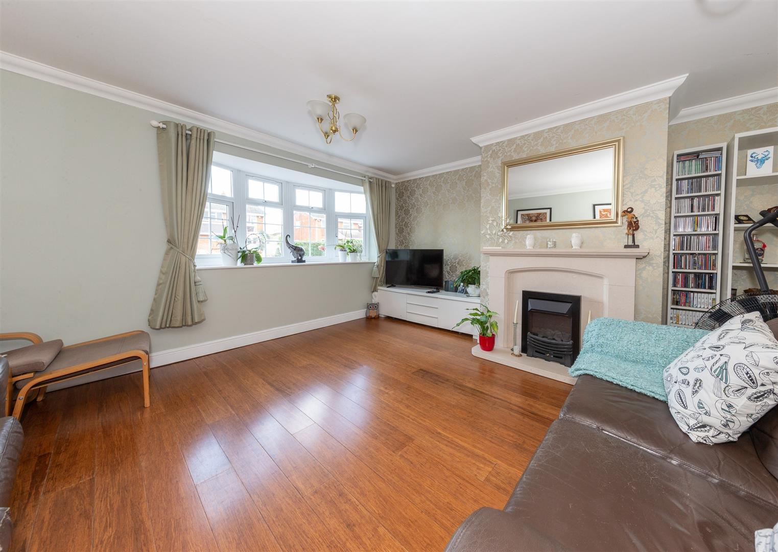 Byfield Close, Toddington Image 3
