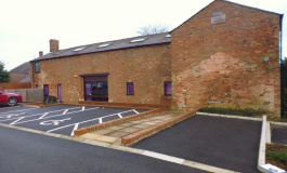 Gawcott Field Farm Business Park, Buckingham, MK18 1TN