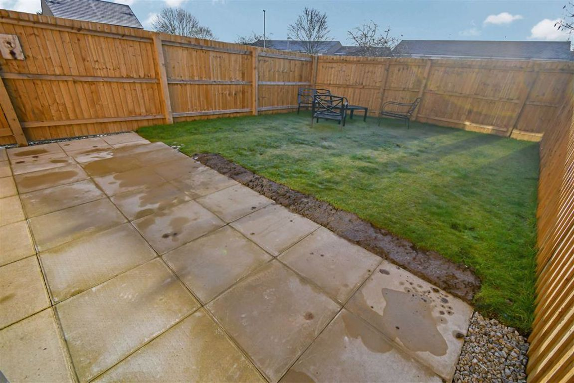 Gypsy Moth Lane, Kingswood, HULL, HU7 Image 15