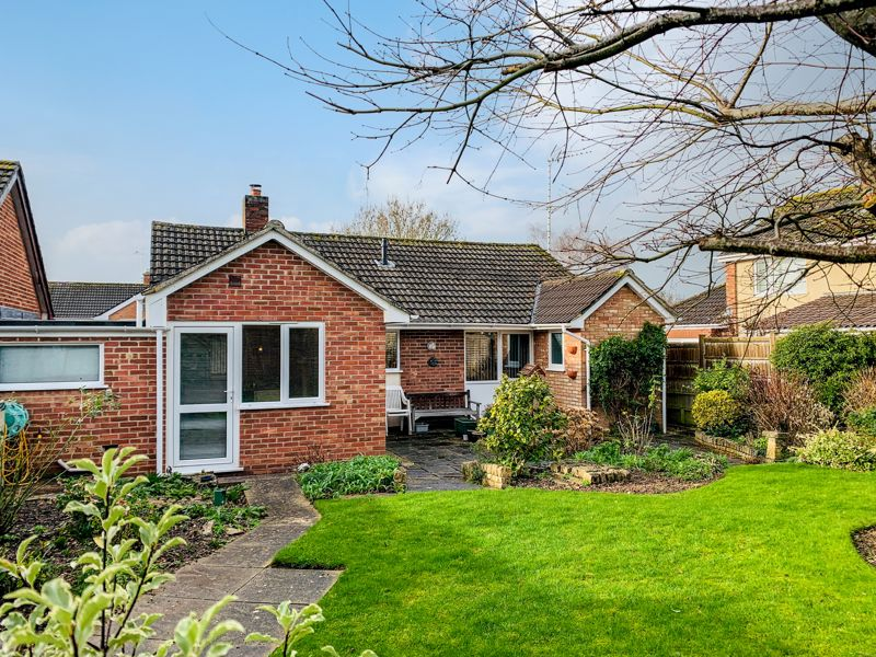 Superb detached bungalow with no onward chain in the Parkfield area of Taunton. Image 23