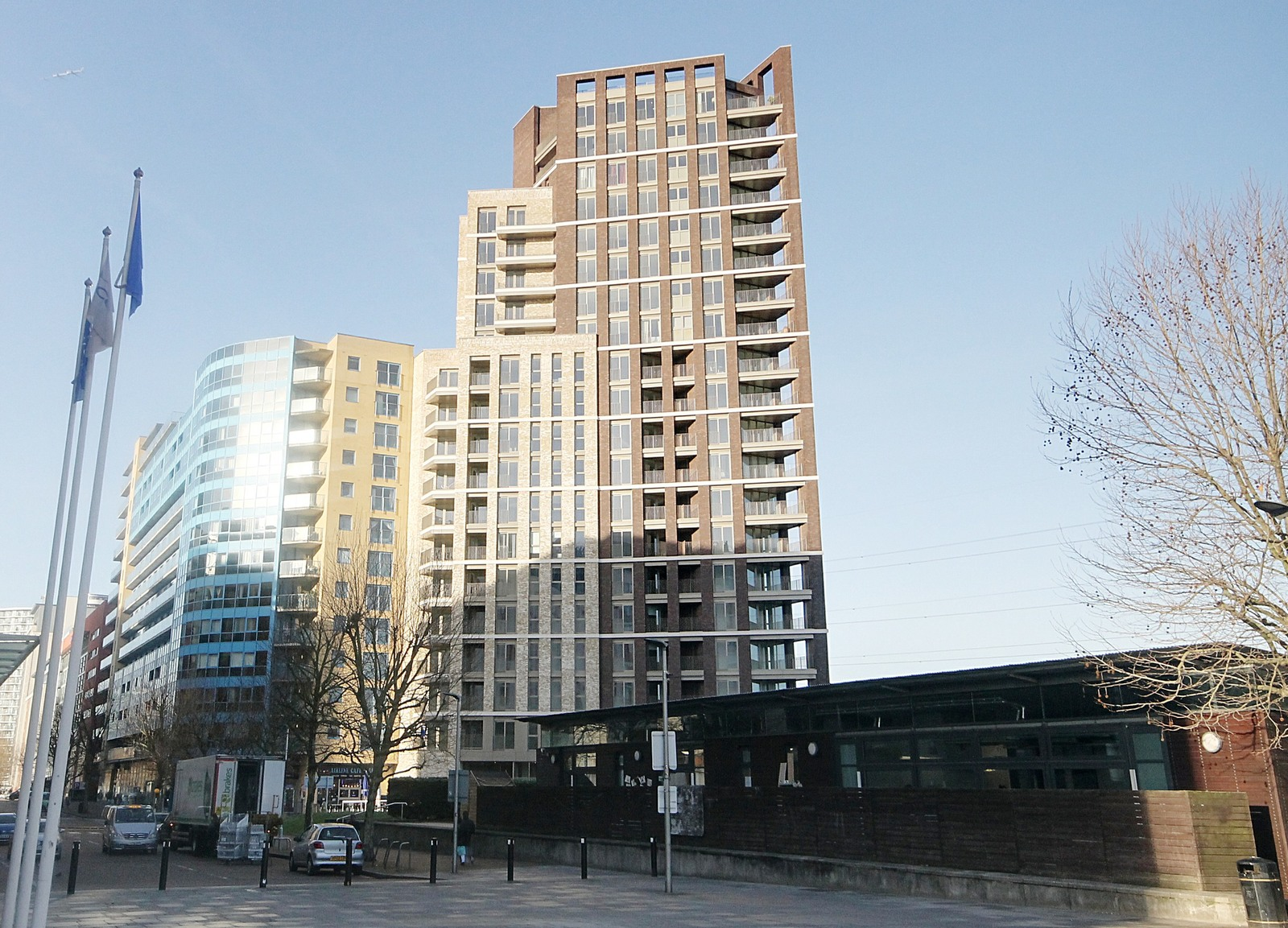 Royal Docks West, 12 Western Gateway, E16 1YY Image 15