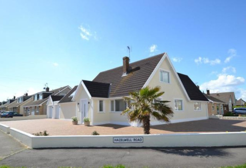 FULMAR ROAD, PORTHCAWL, CF36 3PW
