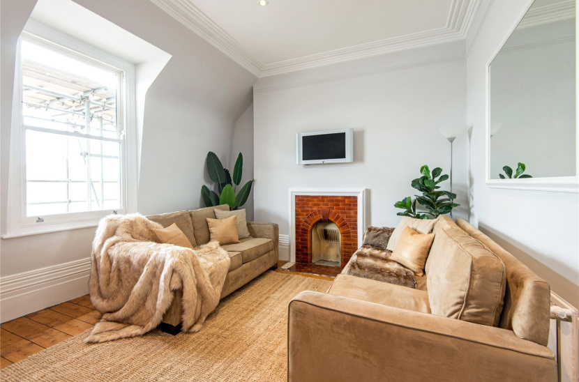 Churston Mansions, WC1X