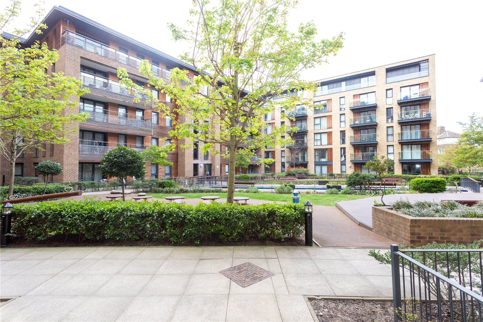 Surrey Quays Road, Canada Water, London, SE16 Image 11