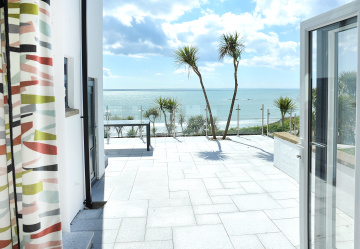 Blissful beachside in Bigbury-on-Sea