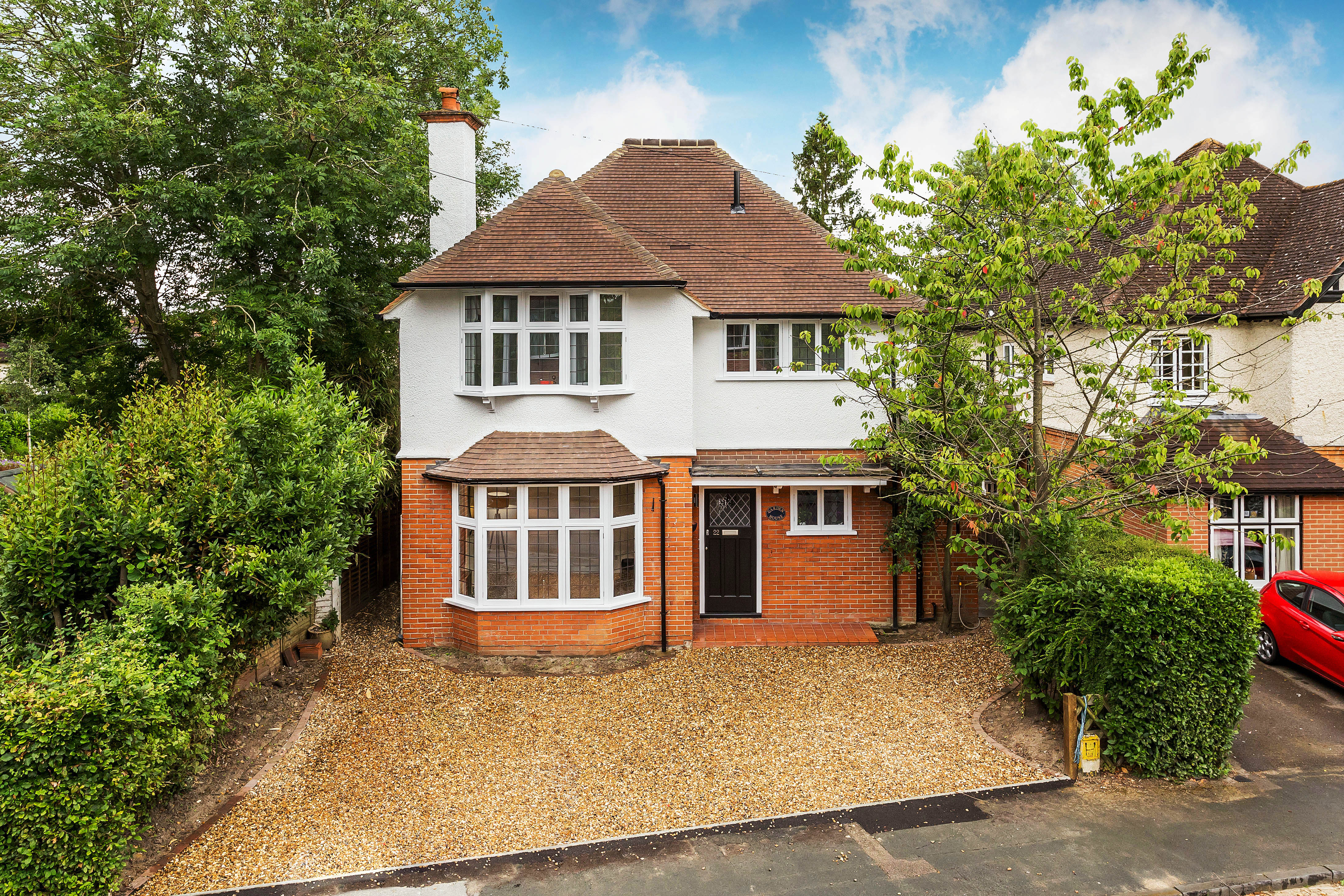 Homes near good schools – let Seymours Estate Agents help you find the best