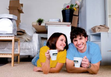 Tips on reducing house moving stress.